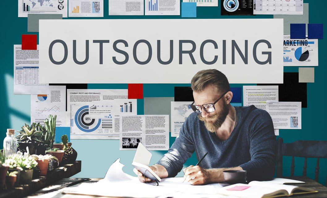 The Pros & Cons of Outsourcing Your Marketing Team